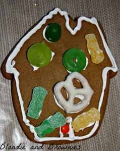 Gingerbread Houses 019