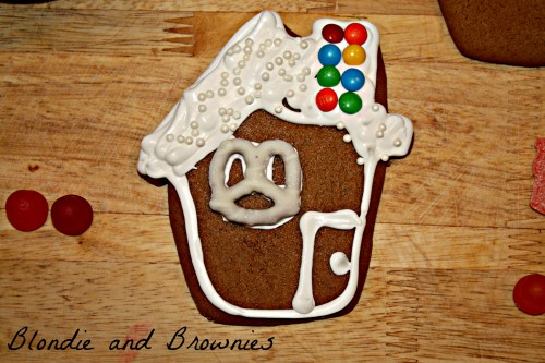 Gingerbread Houses 038